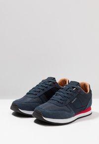 Hackett London - Sneakersy niskie - navy - 2