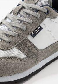 Hackett London - Sneakersy niskie - stone - 5