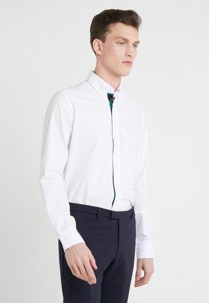 TIE PLACKET OXFORD SLIM FIT - Hemd - white