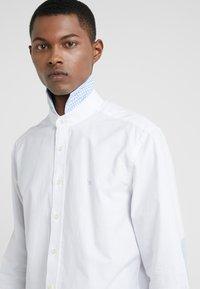 Hackett London - BRUSHED - Businesshemd - white/sky - 4