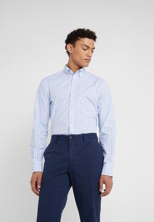 PREPPY GINGHAM CHECK SLIM FIT - Shirt - blue/sky