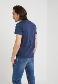 Hackett London - CLASSIC LOGO TEE - T-Shirt print - navy - 2