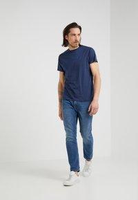 Hackett London - CLASSIC LOGO TEE - T-Shirt print - navy - 1