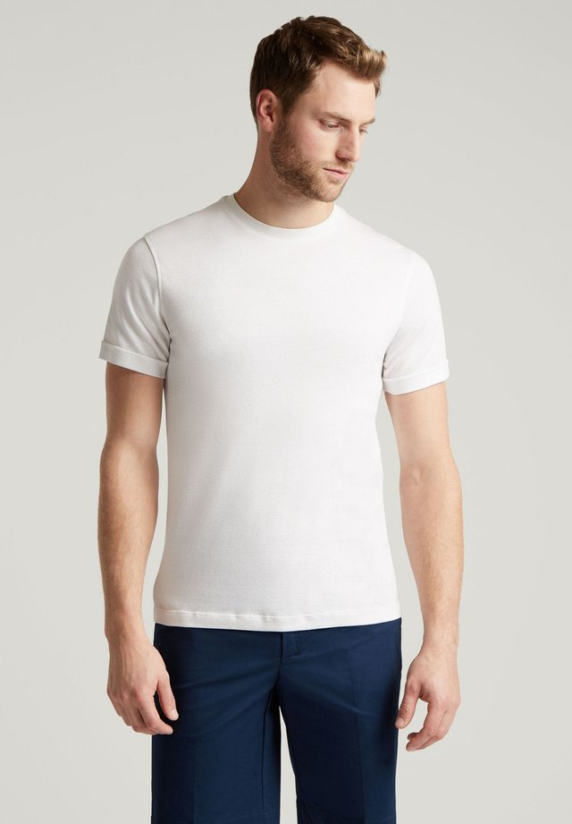 LINEN BLEND TEE - Basic T-shirt - white