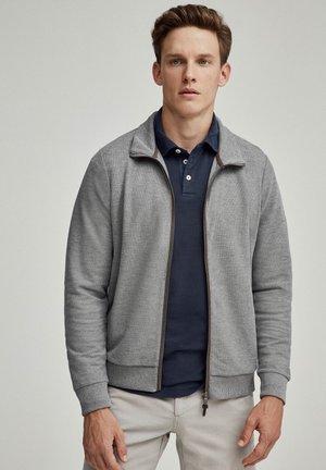 Zip-up hoodie - mid grey