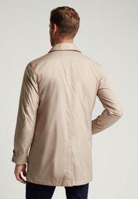 Hackett London - Short coat - beige - 2