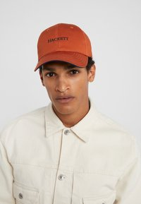 Hackett London - CLASSIC - Pet - orange - 1