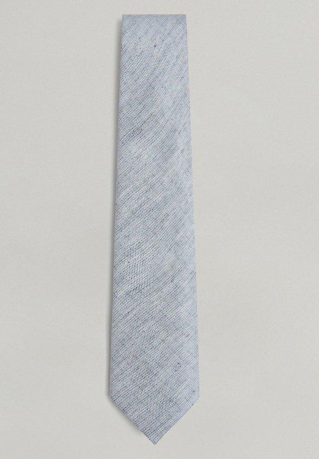 Tie - sky