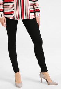 Hue - PONTE - Leggings - Trousers - black - 0