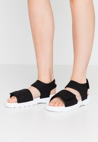 Hunter ORIGINAL - WOMENS ORIGINAL OUTDOOR - Sandals - black - 0