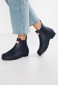 Hunter - ORIGINAL CHELSEA  - Botas de agua - navy - 0