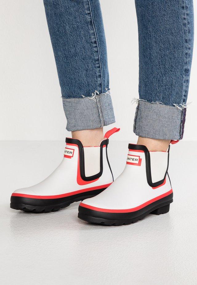 ORIGINAL CHELSEA SHADOW PRINT - Stivali di gomma - red/white/black
