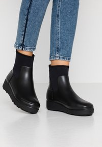 Hunter ORIGINAL - WOMENS REFINED CREEPER NEO CHELSEA - Wellies - black - 0