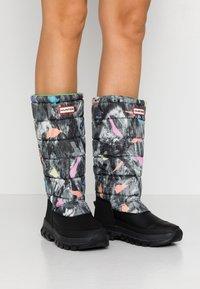 Hunter ORIGINAL - WOMEN'S ORIGINAL INSULATED TALL - Winter boots - storm - 0