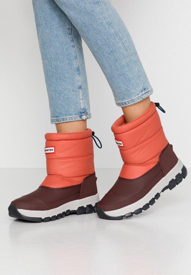 ORIGINAL INSULATED SHORT - Winter boots - siren