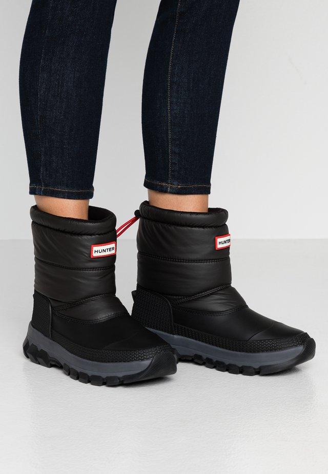 ORIGINAL INSULATED SHORT - Winter boots - black