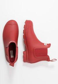 Hunter - MENS ORIGINAL CHELSEA - Stivali di gomma - military red - 1
