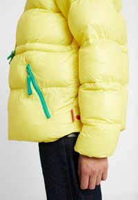 Hunter ORIGINAL - WOMENS ORIGINAL ALINE PUFFER - Winter jacket - yellow - 7