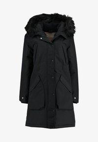 Hunter ORIGINAL - WOMENS ORIGINAL INSULATED - Winter coat - black - 5