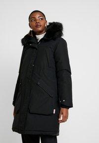 Hunter ORIGINAL - WOMENS ORIGINAL INSULATED - Winter coat - black - 0