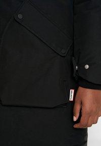 Hunter ORIGINAL - WOMENS ORIGINAL INSULATED - Winter coat - black - 6