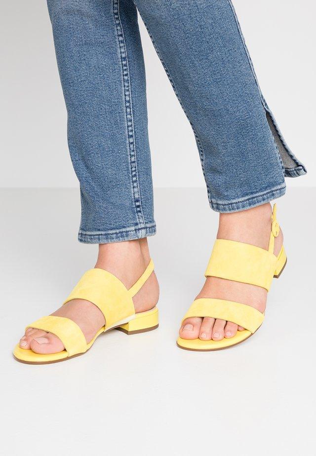 Sandaalit nilkkaremmillä - limone