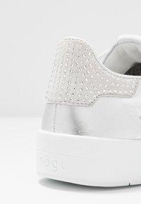 Högl - Trainers - metallic silver - 2