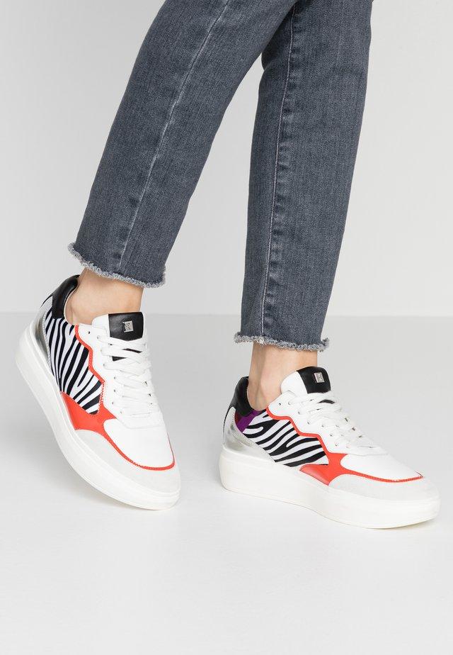 Sneakers - cuba/multicolor