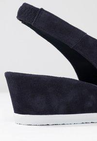 Högl - Sandály na klínu - blue - 2