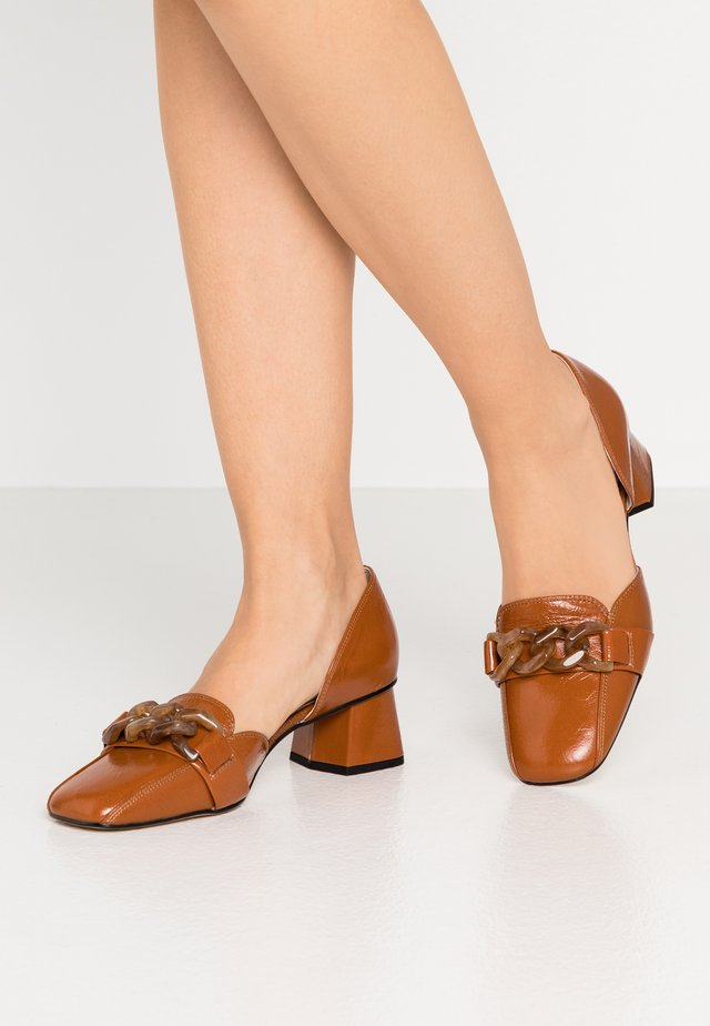 ALENA - Classic heels - nougat