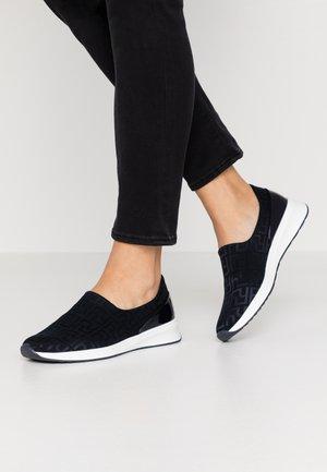 Scarpe senza lacci - ocean