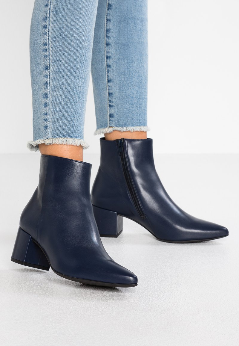 Högl - Ankle boots - dark blue