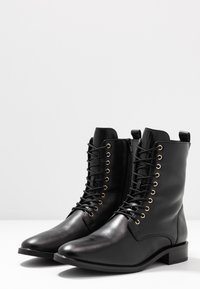 Högl - Lace-up ankle boots - schwarz - 4
