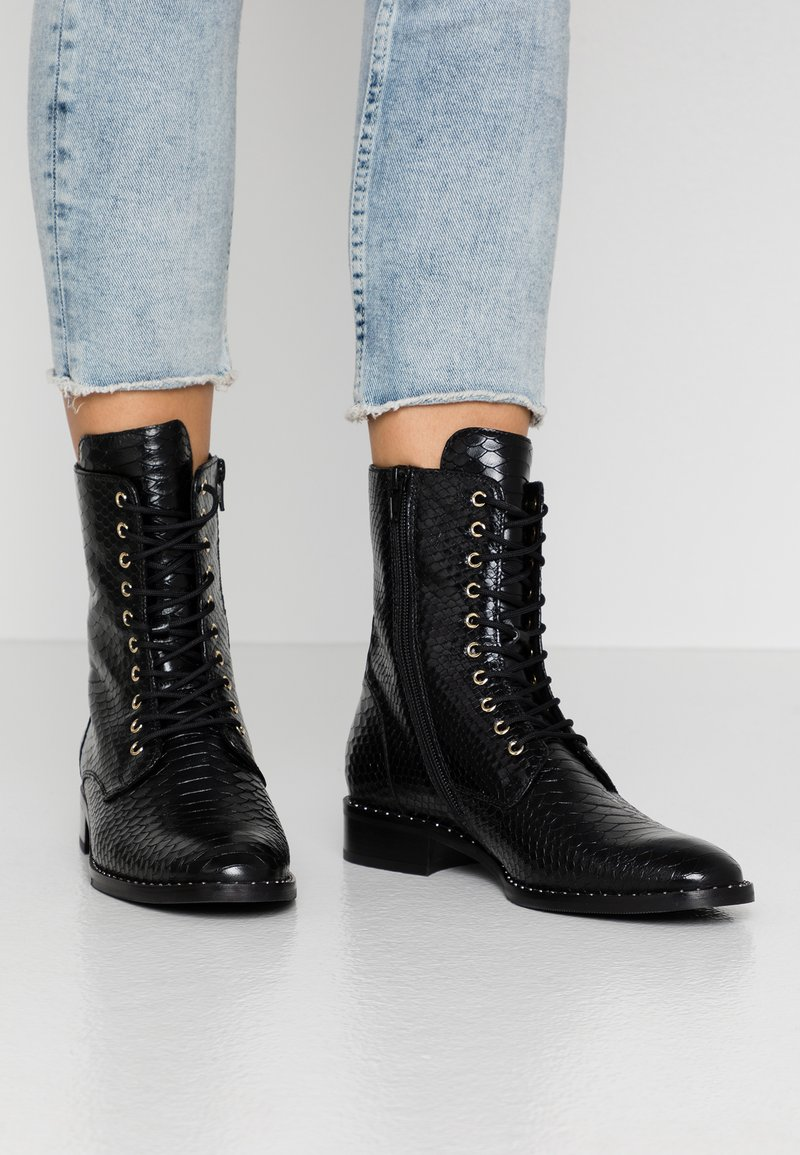 Högl - Lace-up ankle boots - schwarz