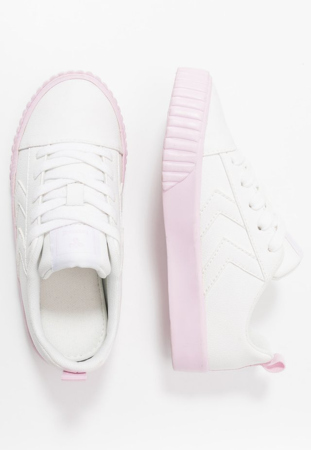 BASE COURT CLASSIC - Sneakers laag - lilac/snow