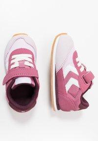 Hummel - REFLEX INFANT - Sneakersy niskie - heather rose - 0
