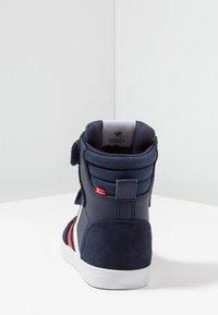 Hummel - SLIMMER STADIL - Zapatillas altas - peacoat - 4
