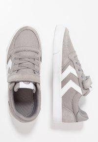 Hummel - SLIMMER STADIL - Zapatillas - frost grey - 0