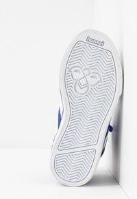 Hummel - Zapatillas altas - mazarine blue - 5