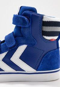 Hummel - STADIL PRO - Zapatillas altas - mazarine blue - 2