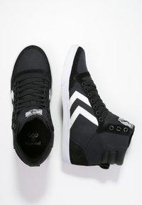 Hummel - SLIMMER STADIL - Zapatillas altas - black/white - 1