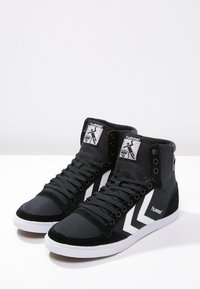 Hummel - SLIMMER STADIL - Zapatillas altas - black/white - 2