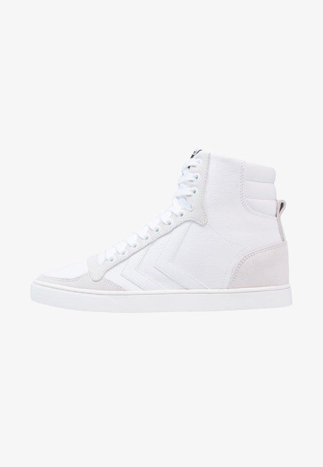 SLIMMER STADIL TONAL  - Zapatillas altas - white