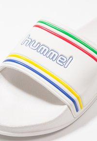 Hummel - POOL SLIDE RETRO - Muiltjes - white - 5