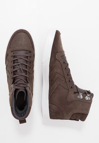 Hummel - STADIL WINTER - Zapatillas altas - chestnut - 1