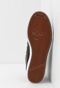 Hummel - STADIL WINTER - Zapatillas altas - black - 4