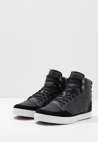 Hummel - STADIL WINTER - Zapatillas altas - black - 2