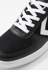 Hummel - BALTICA - Sneakers laag - black - 5