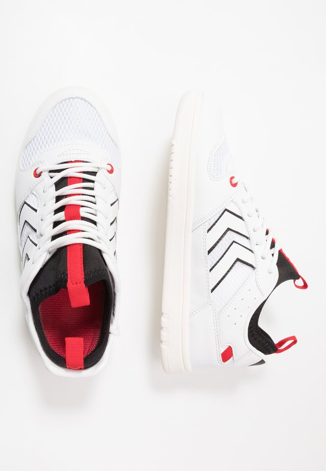 POWER PLAY MID  - Trainers - white/black