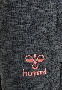 Hummel - Trainingsbroek - mid gray - 3